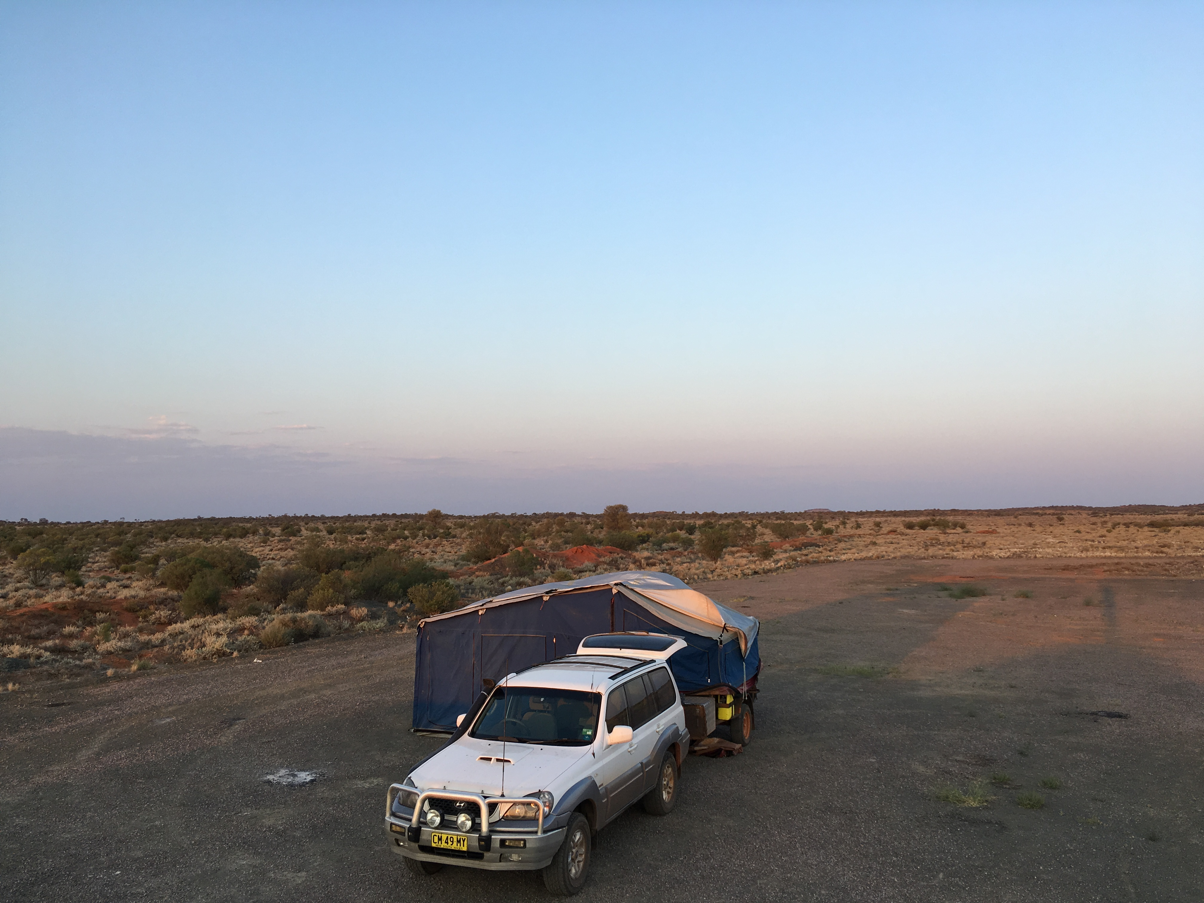 Ben & Michelle - Road Trip Around Australia - The Week of Bigs... incl Big Car Trouble - This week was big, in many senses of the word, big drives, big scenery, big rocks, big carparks, big car troubles...