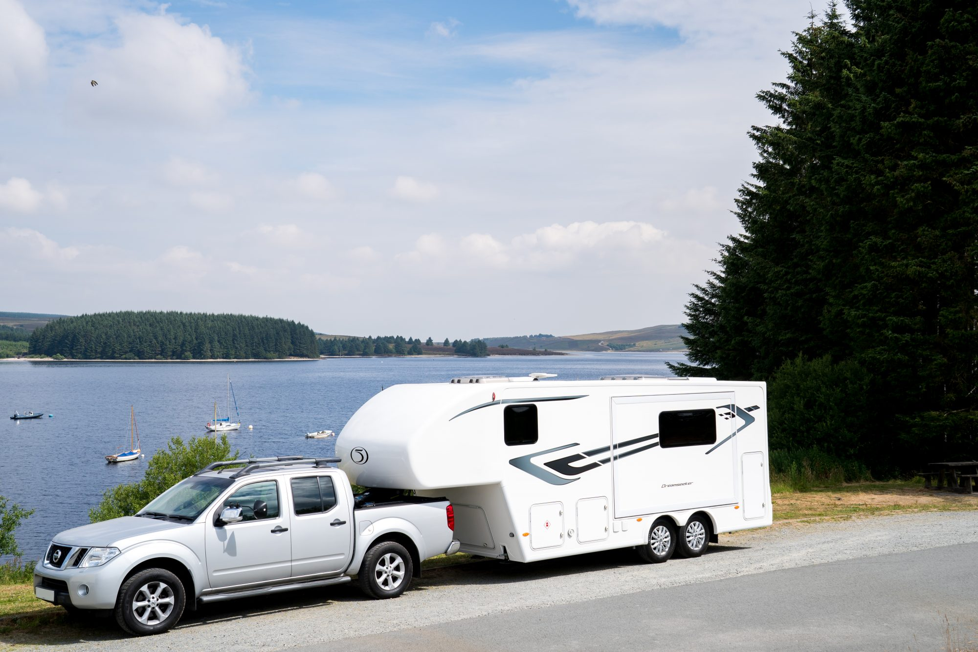 Fifth Wheel Co Dreamseeker exterior